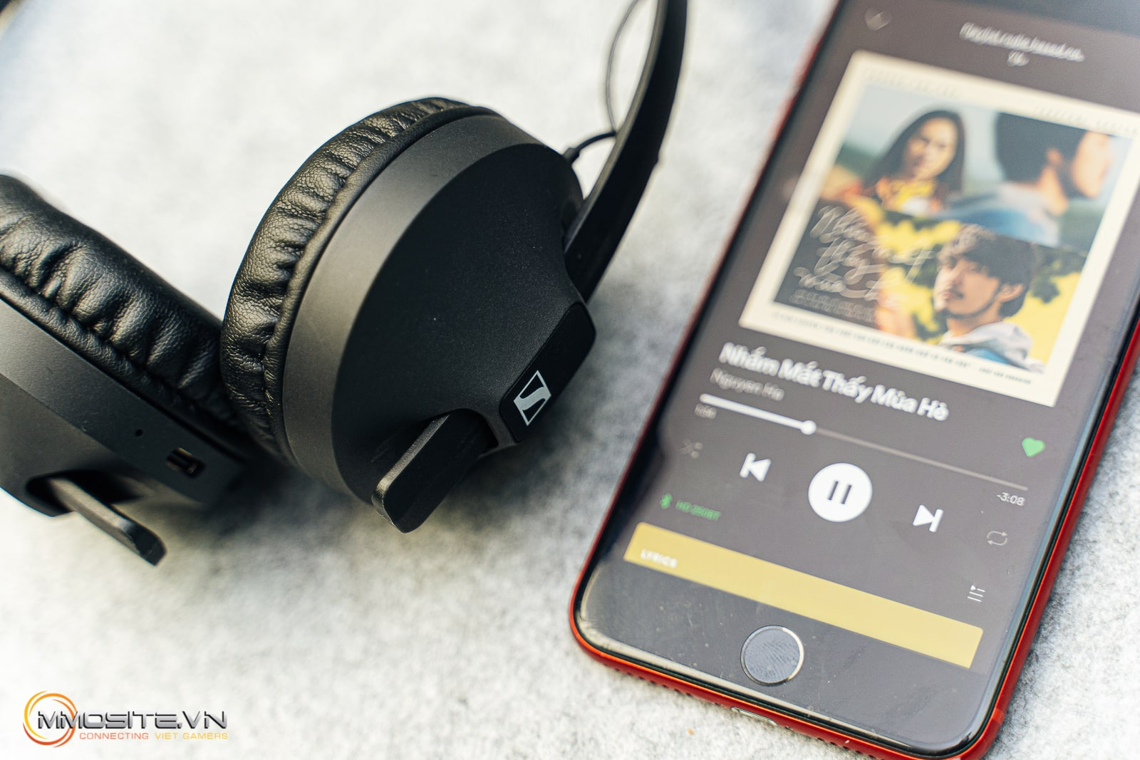 Đánh giá tai nghe Sennheiser HD 250BT